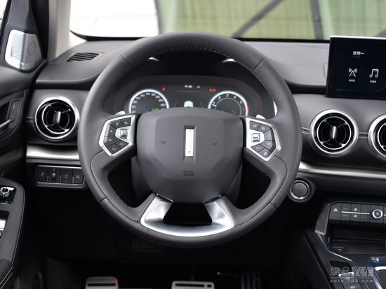 8月底上市/配四驱系统 VV6预售15.8万起