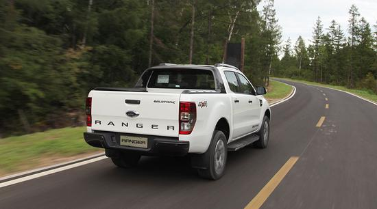 比猛禽亲民的大玩具 试驾福特Ranger Wildtrak