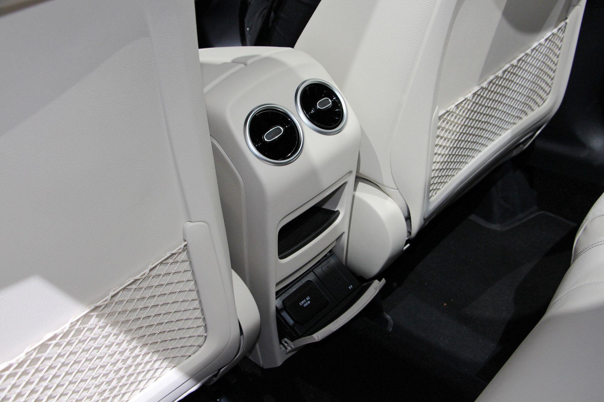大哥S级技术撑腰 巴黎车展看全新奔驰B级