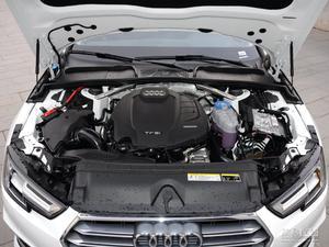 奥迪A4L 2019款 45 TFSI  quattro个性运动型(国V)