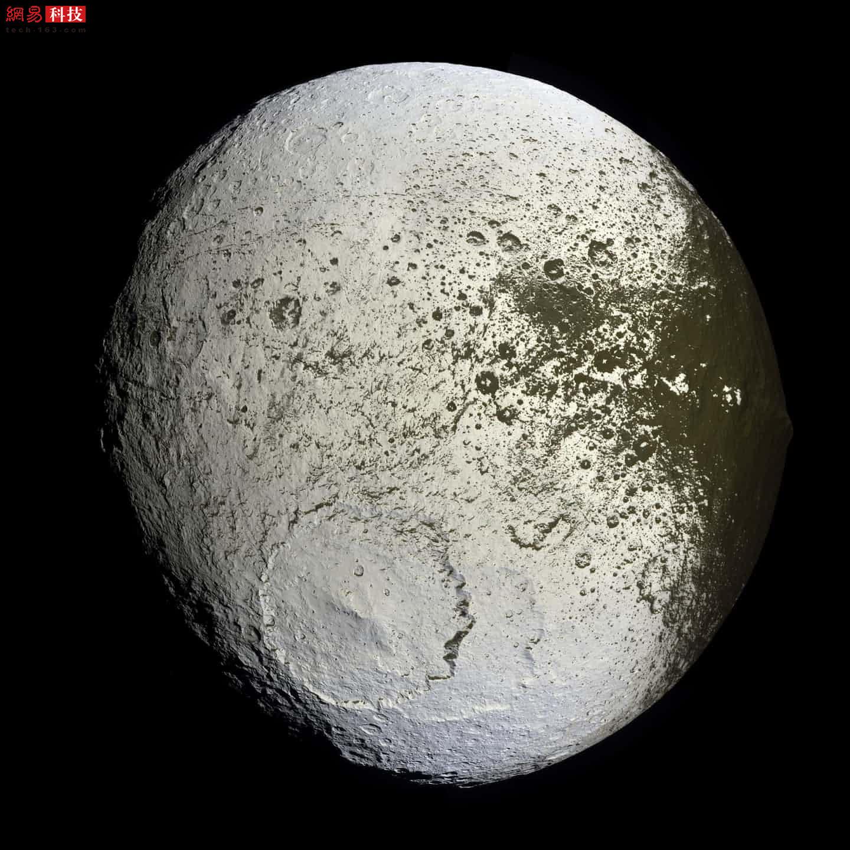 像素仅100万 卡西尼号相机拍了哪些经典照片