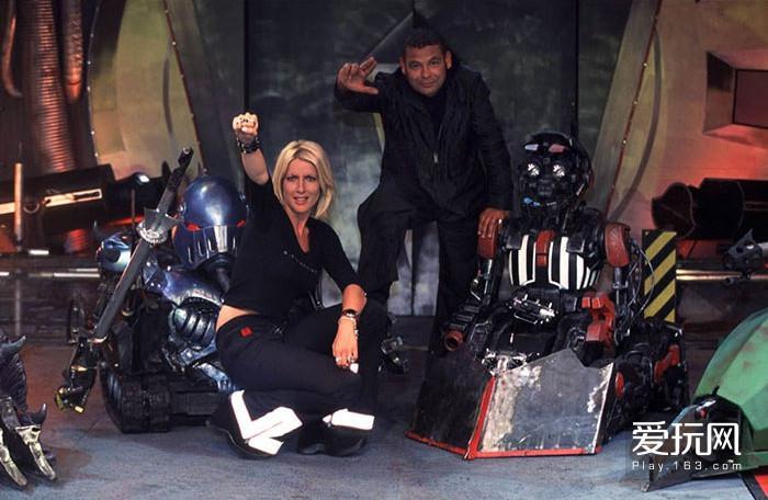 这档三十年前的机器人节目,占据过你的童年吗?