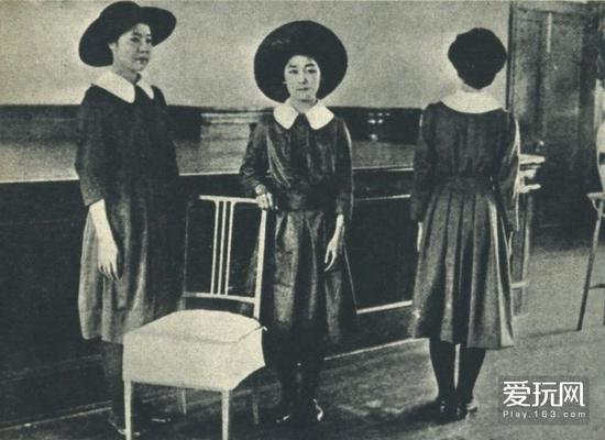 那些年的JKYamawaki's山脇High School girls uniforms - Tokyo, Japan - 1918 Nippon-Graph1