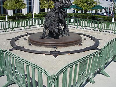 狼骑兵雕像建造过程